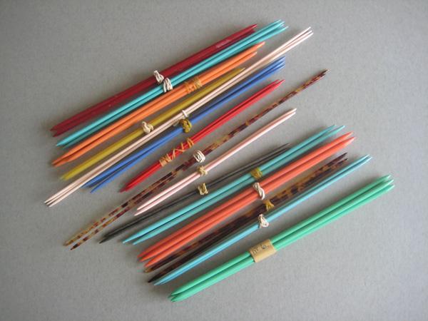 Knitting Needles Zurich Airport : Vintage plastic knitting needles